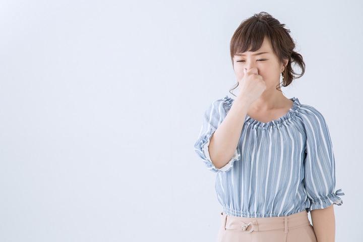 ミラブルで体臭を抑える!脇や首元の臭いの原因を毛穴から改善!
