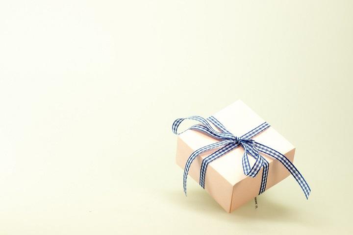 ミラブルは誕生日プレゼントに効果抜群!奥様や彼女がますますキレイに!旦那や彼氏がもっとイケメンに?大切な人に贈ってください