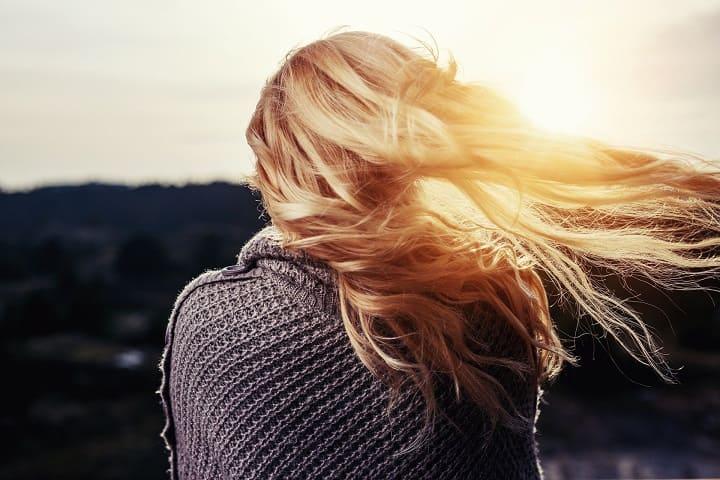 ミラブルはヘアカラーや毛染めが落ちる?染めた髪の色落ちは早い?白髪染めも大丈夫?ヘアカラーや毛染めの色の落ち方